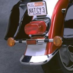 Lem zadního blatníku Suzuki VL1500LC
